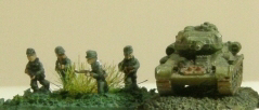6mm 8th Army support weapons Wp4200a0c4_02