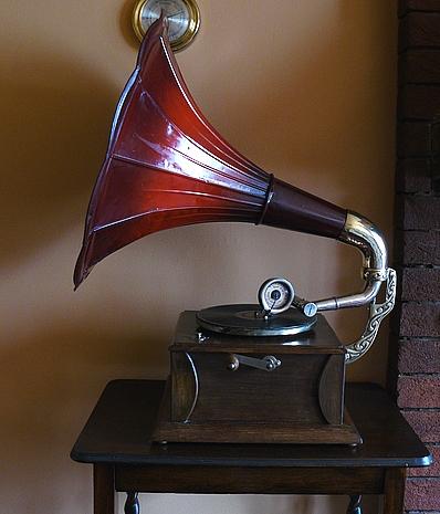 Horn Gramophone